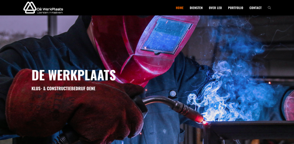 Cover of the werkplaaats website, with mask in protective mask welding